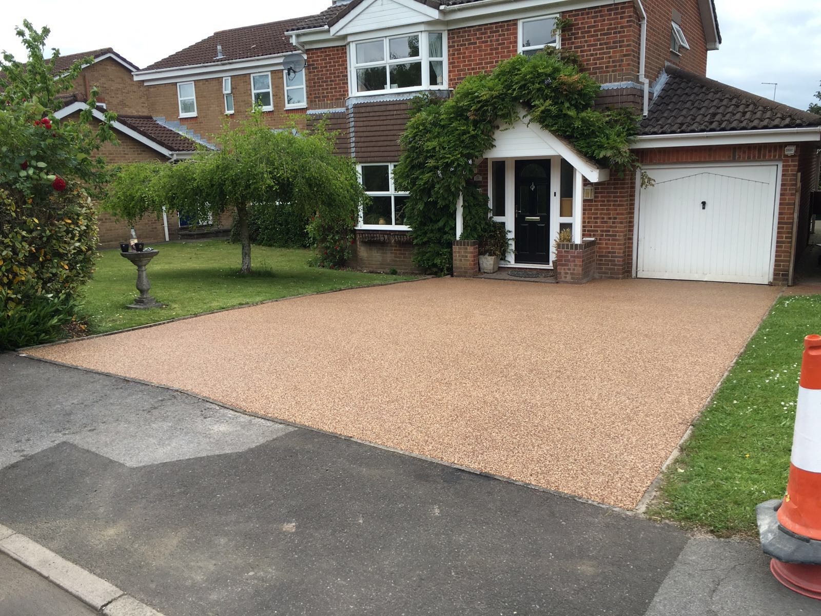 RESIN PATION FULLY INSTALLED INC NEW BASE